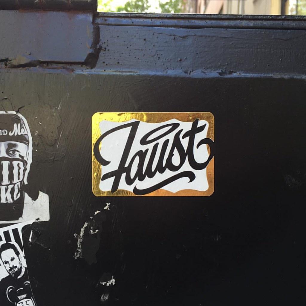 Stickers Graffiti New York Beautiful Cool And Opulent Graffiti Wall