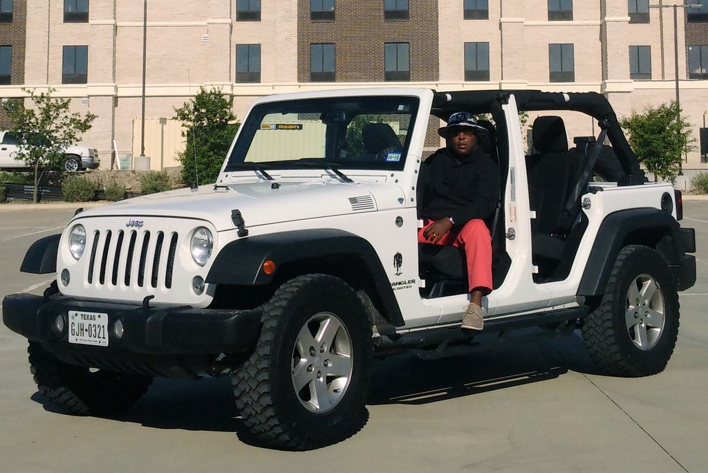 Doors Off Amp Image Titled Take Jeep Doors Off Step 02