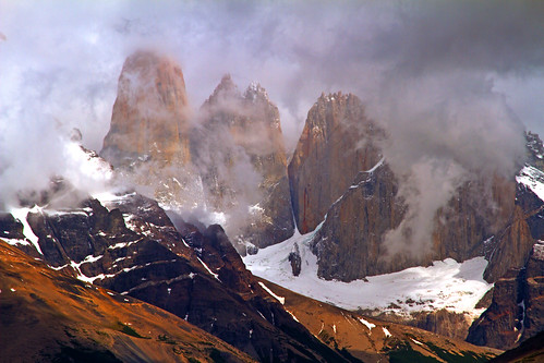Torres Del Paine | by Antonio Vaccarini