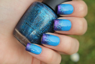 Blue and purple glitter gradient | by NailsbyCoewless