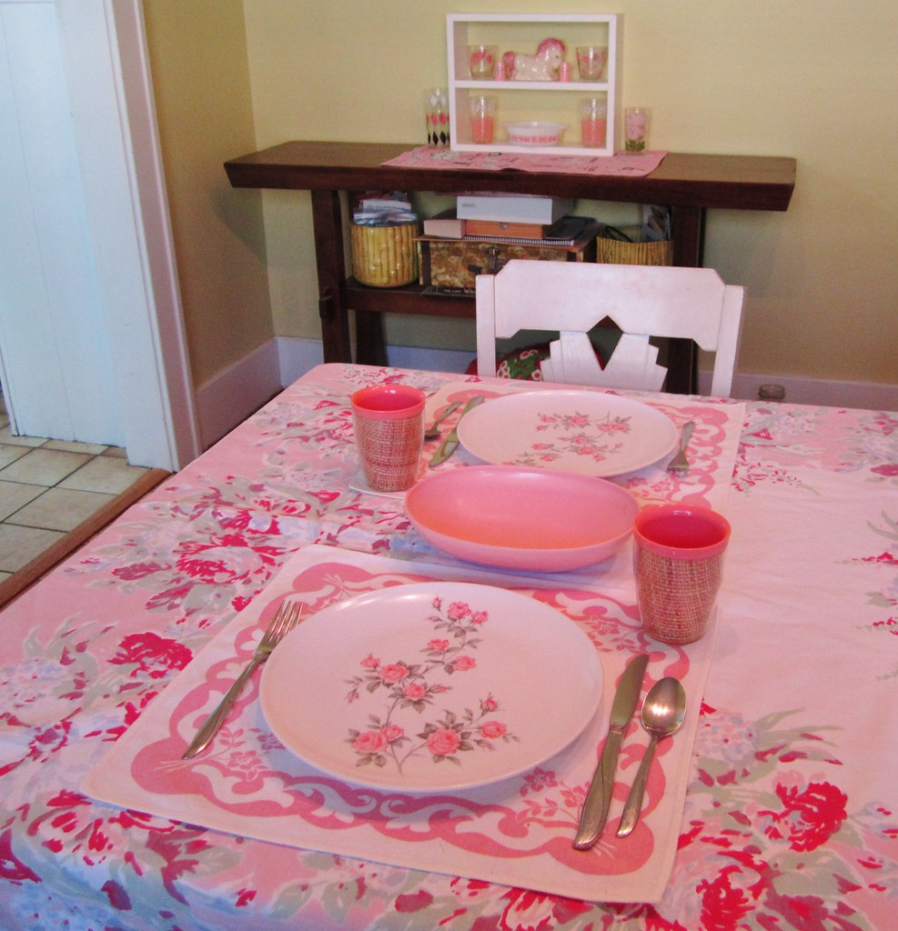Pink table setting | Color of the month table setting June 2… | Flickr