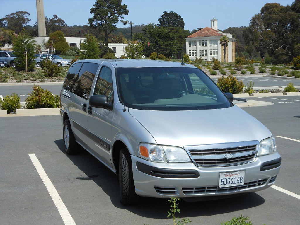 ... 2003 Chevy Venture LS AWD Minivan 86k miles Roomy, Seats 8 MUST SEE -  5500