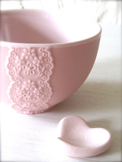 New Pink Porcelain Lace Bowl with Heart Cutlery Rest Set -Hideminy Lace Series | by Hideminy New York