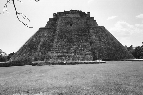 029 Piramide dell'Indovino, Uxmal, Yucatan  (Mexico) | by tango-