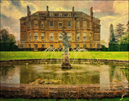 Buscot House | by JAKE473