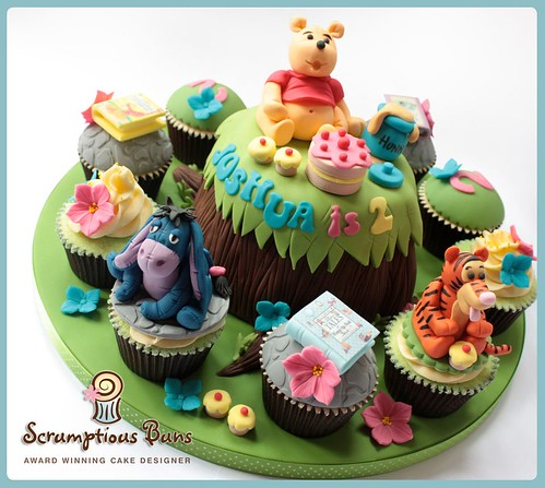Big Cake Little Cakes : Winnie The Pooh & Friends | by Scrumptious Buns (Samantha)