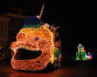 Electrical Parade | by littlestschnauzer