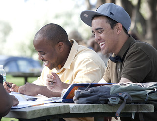 Students Enjoying the Outdoors in Spanish Class | by Newman University