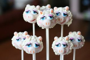 Miss Piggy Cake Pops | by Sweet Lauren Cakes