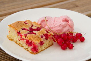Cardamom and redcurrant cake with red berry mascarpone ice cream | by Pille - Nami-nami
