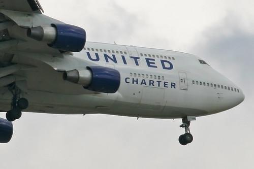 United Charter N194UA  Indianapolis International Airport