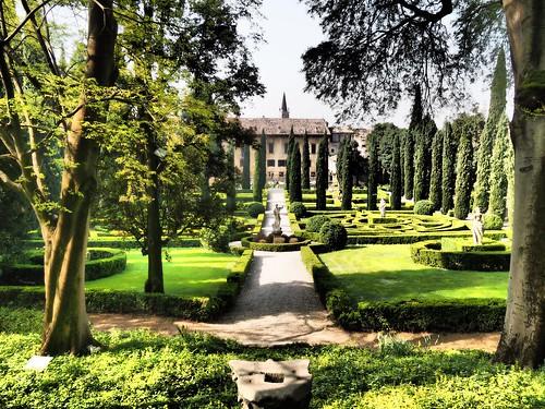 Giardino giusti explore 10 the giusti palace and for Giardino e palazzo giusti