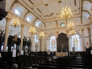 Interior of St Lawrence Jewry | by Matt From London