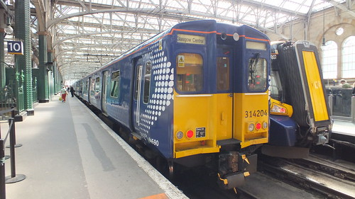 Spotrail 314204 at Glasgow central | by CrazyKyleA
