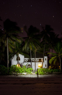 Dua House by Night | by BetterLifeCycle