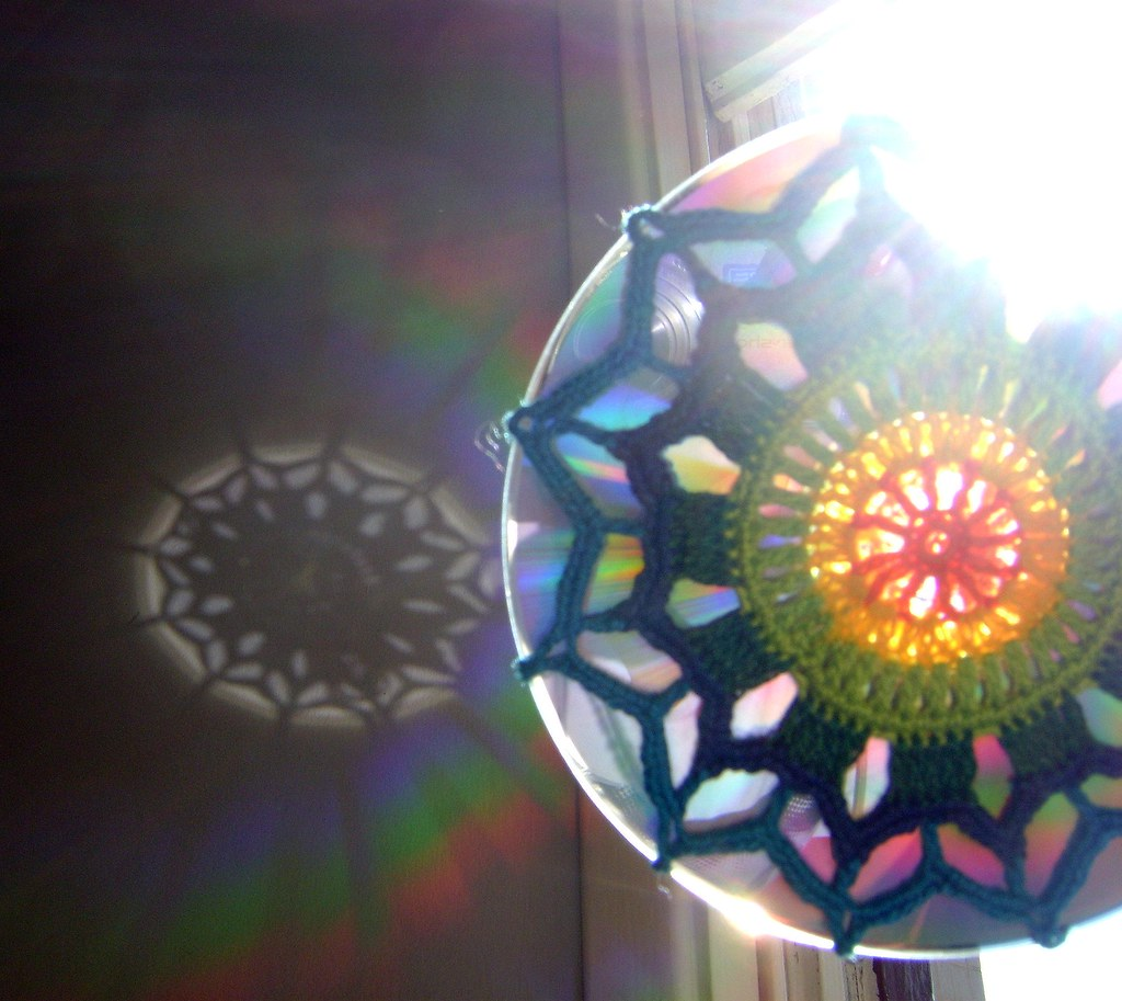 Mandala De Crochet Em Cd Reciclado Efeito Do Reflexo Do Flickr