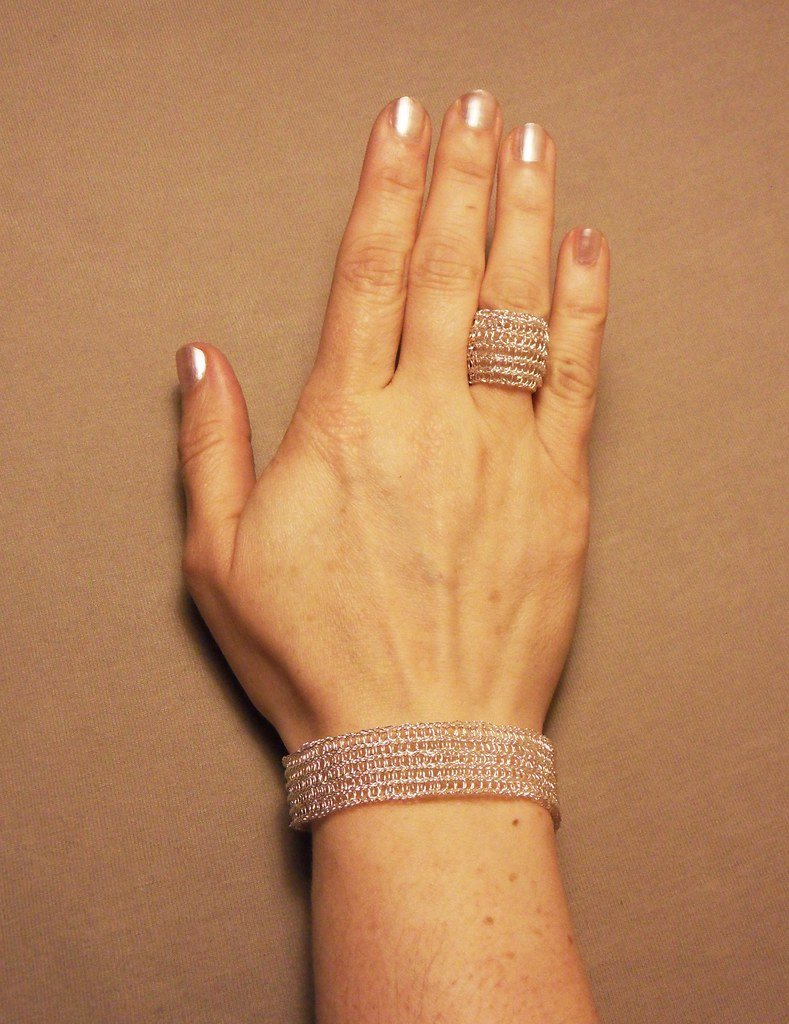 Wire Crochet Ring and Bracelet | Made this jewelry using pat… | Flickr