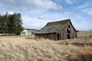 Abandoned Farm | by Roadsidepictures