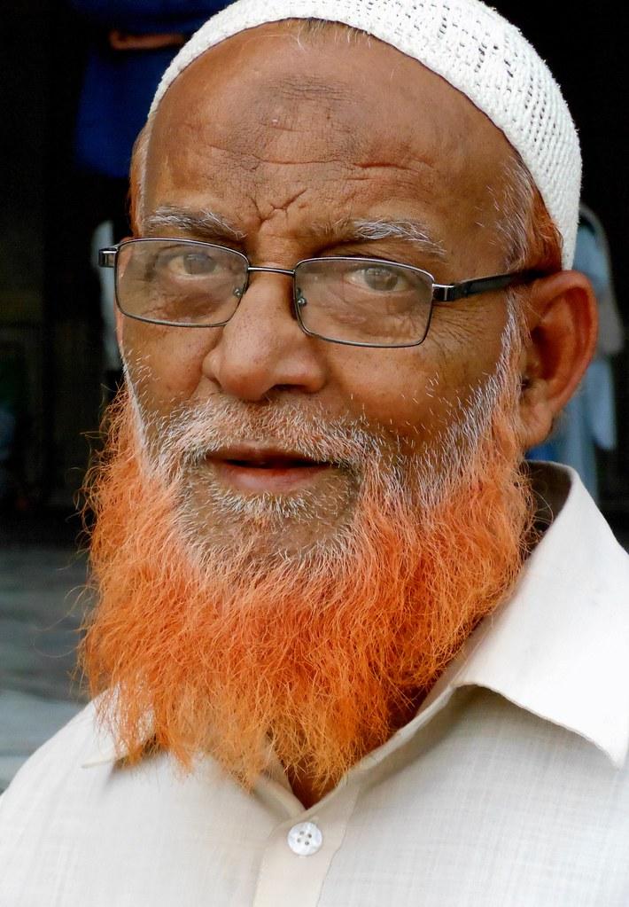 Henna Beard A Man At The Jama Masjid Mosque In Old Delhi Flickr