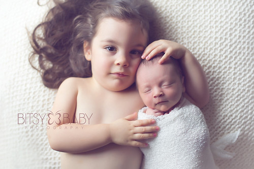 newborn photographer sibling | by Bitsy Baby Photography [Rita]