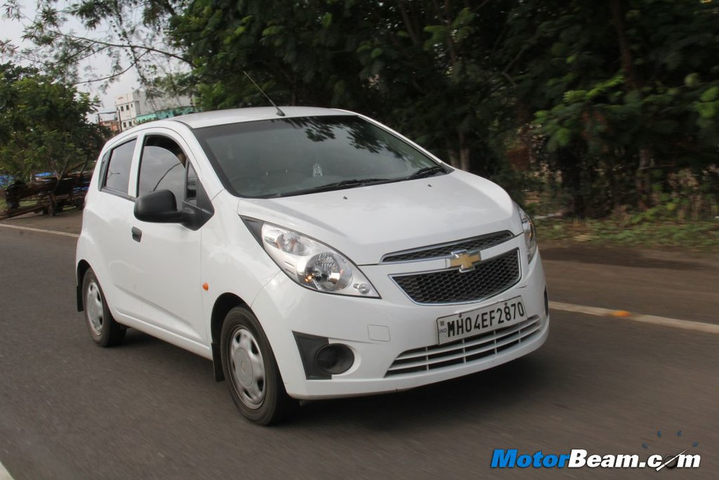 Chevrolet Beat Vs Honda Brio 06 Motorbeamcarsche Flickr