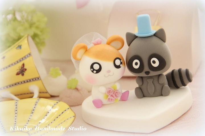 Wedding Cake Topper-love hamster and raccoon | www.etsy.com/… | Flickr