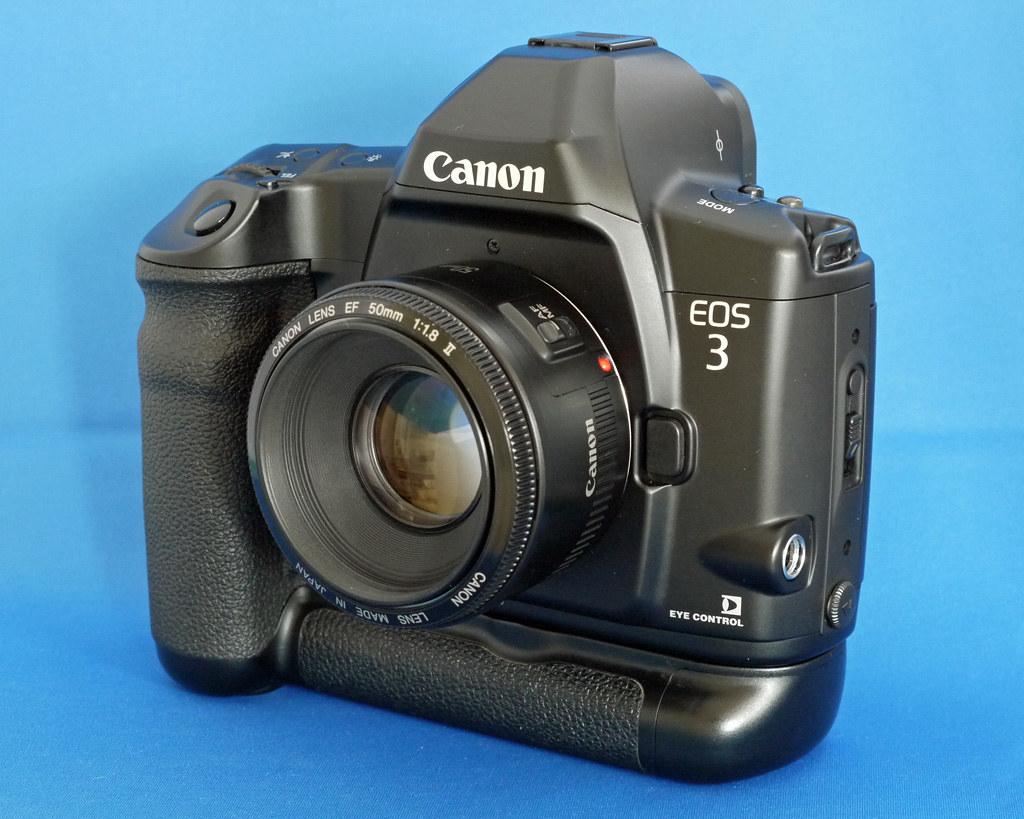 ... Canon EOS 3 + BP-E1 | by imppact