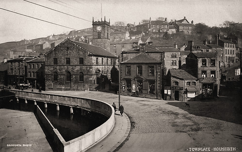Towngate, Holmfirth | by huddersfieldexposed
