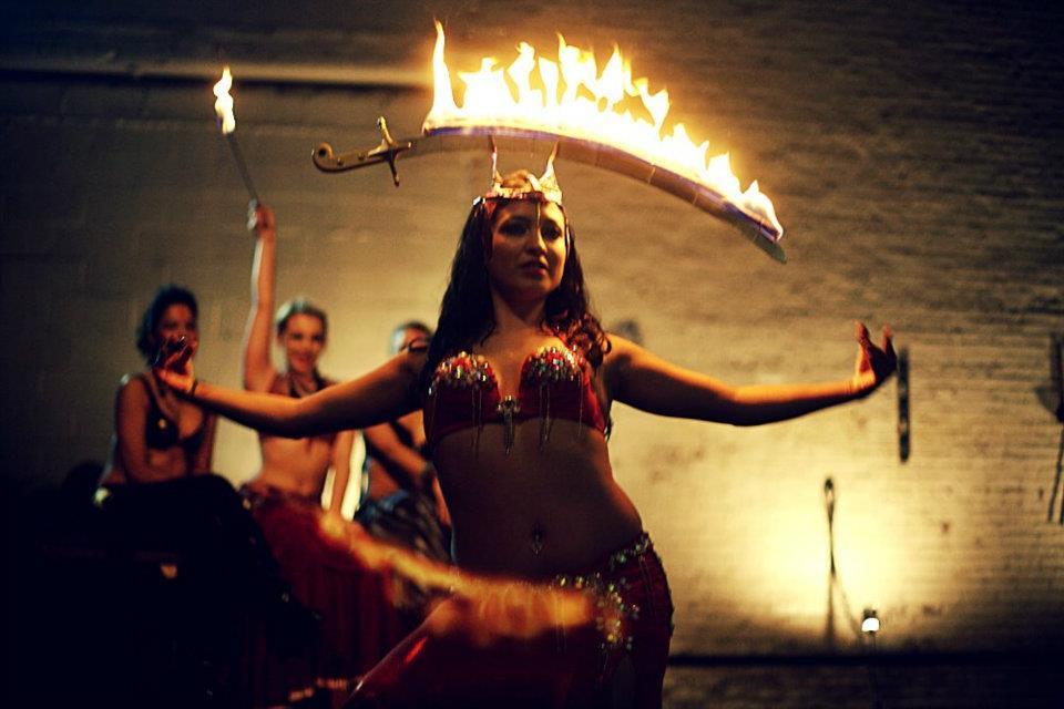 Fire poi belly dance
