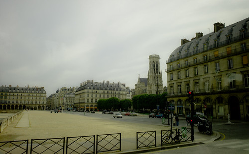 Paris, seemingly soaked by champagne | by Mac Qin