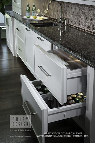 Transitional kitchen north shore beauty drury design 512 - Drury design kitchen bath studio ...