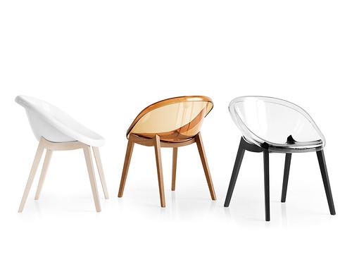 Sedie di design in legno e policarbonato nella foto le for Sedie calligaris policarbonato