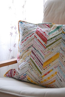 Chevron Selvage Pillow | by berlinquilter