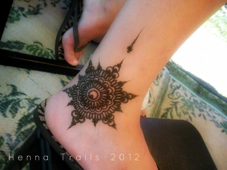 Mehndi For Ankle : Ankle mandala henna festival style kristy mccurry flickr
