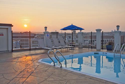 Rooftop pool washington dc take a swim with the family - Washington park swimming pool hours ...