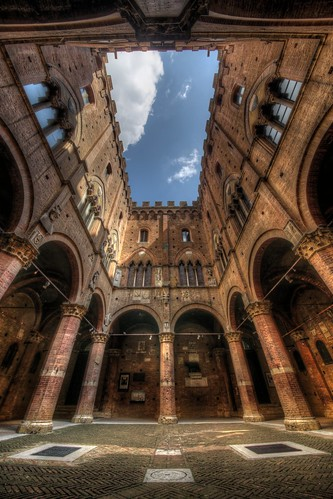 Palazzo Pubblico - Siena | by 1982Chris911 (Thank you 5.500.000 Times)
