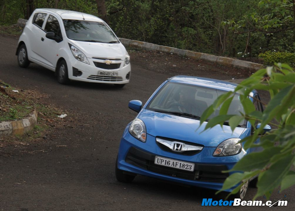 Chevrolet Beat Vs Honda Brio 01 Motorbeamcarsche Flickr