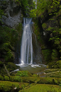 Falls of the Sorne creek in the Gorge du Pichoux | by Ulrich Burkhalter