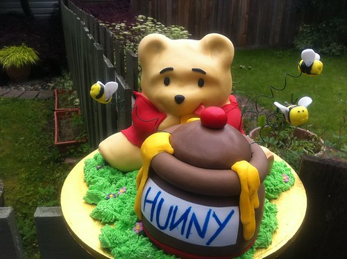 Winnie the Pooh cake | by cakeaters.edible.art