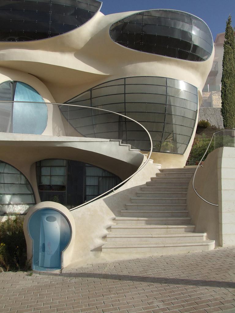 futuristic house - biomorphismephraim-henry pavie | flickr