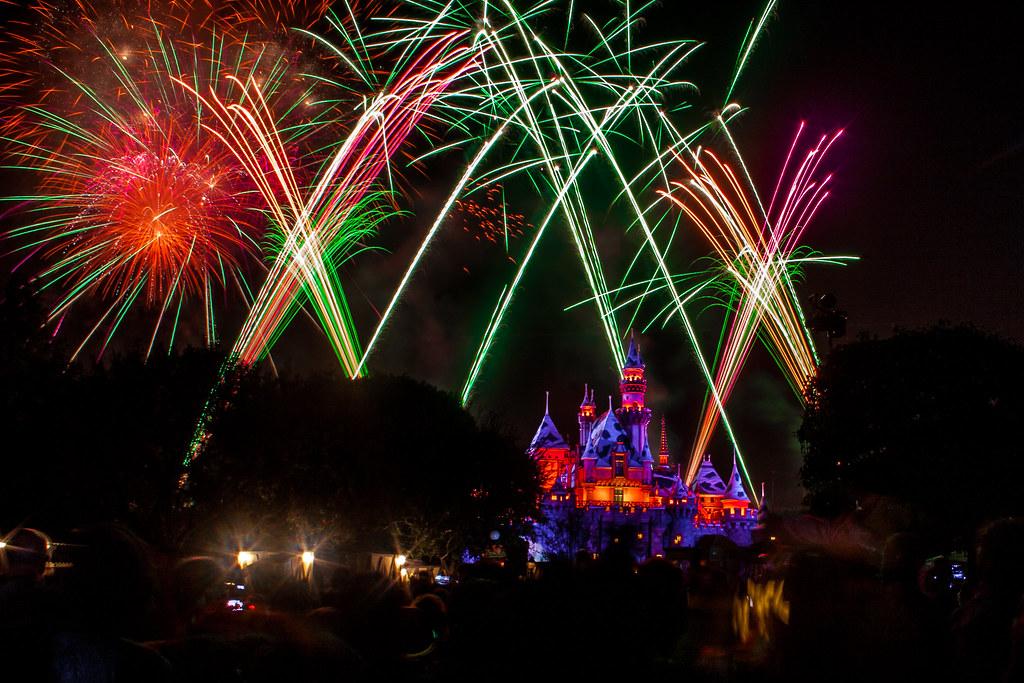 disneyland halloween screams fireworks by rowanb73 disneyland halloween screams fireworks by rowanb73