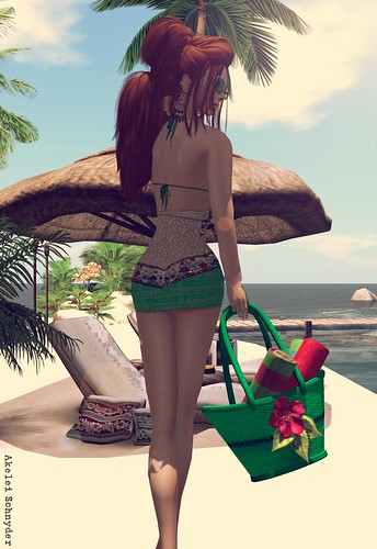 GizzA -WOTB | by (no longer in SL) I've open my RL blog prettyredgl