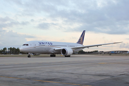 The United 787 Ready to Taxi | by Stephan Segraves