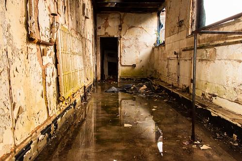 Wet Room II | thirtyfootscrew | Flickr