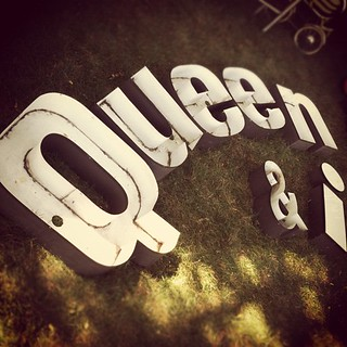 queen & i | by kbuggle