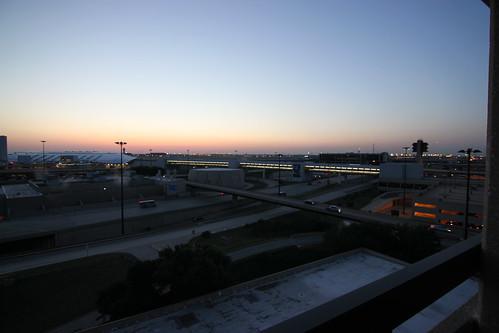 hyatt regency dfw airport view of dfw airport night. Black Bedroom Furniture Sets. Home Design Ideas