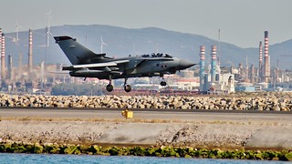LANDING Tornado GR4 on Gibraltar | by Rich pick