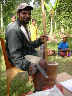 Mashing the cassava in the traditional West African way | by Oxfam NZ