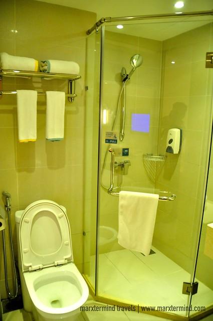 Private Bathroom in Superior Twin Room City Comfort Hotel