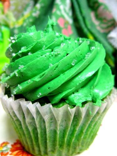 Green Velvet Cupcake Party! 3 | by Lisa Kettell
